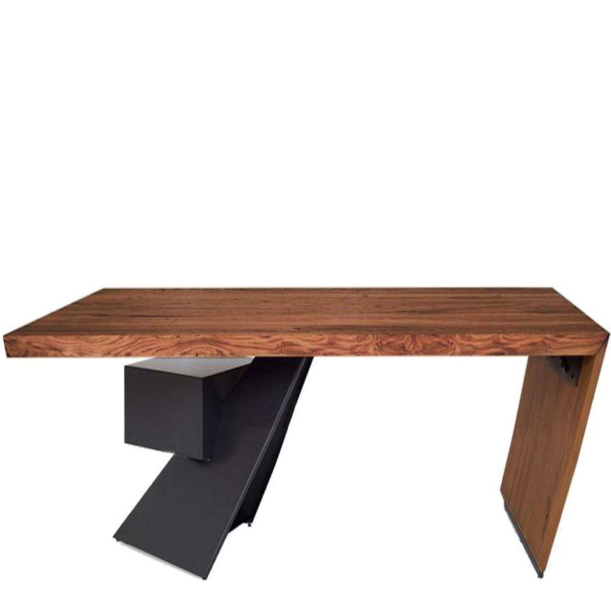 Picture of NASDAQ Desk