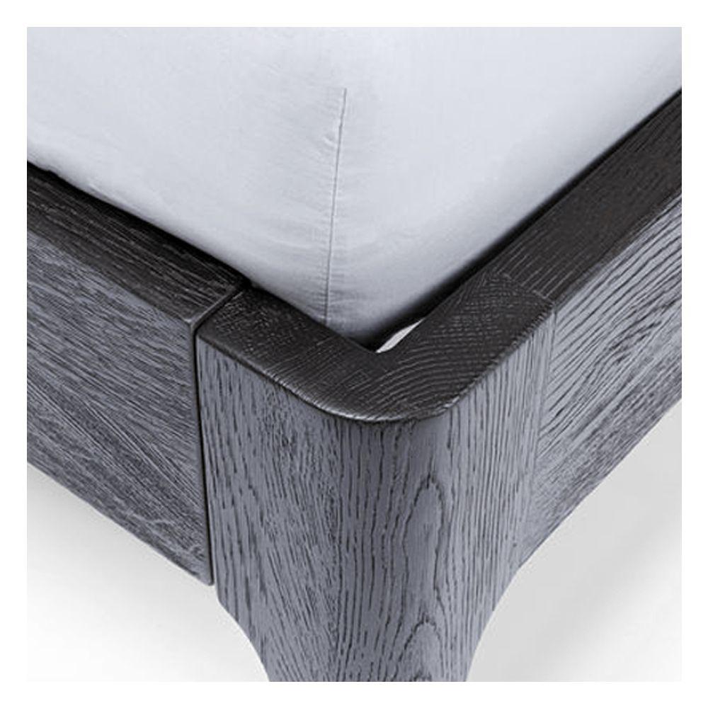 图片 MILANO Wooden Bed - Queen
